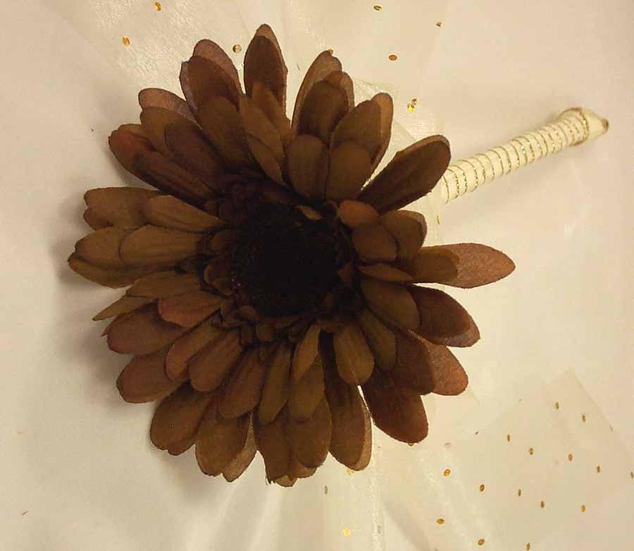 Flowergirl's Mocha & Cream Gerbera Wand