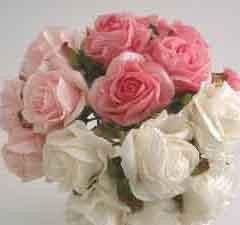 Ivory Crimped Rose Sample