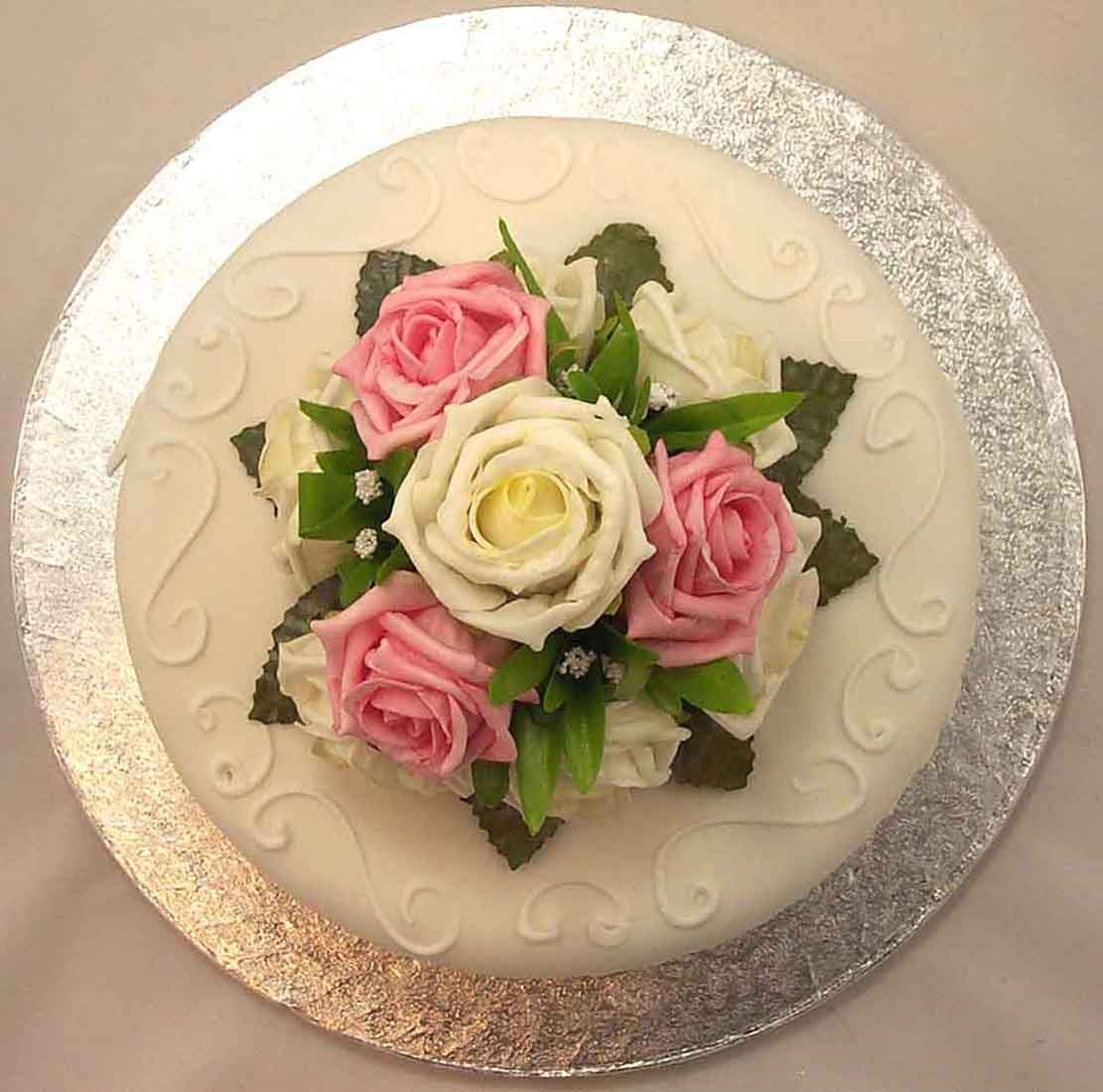 Cake Decorations Pink Roses : Cake Decorations - Cream & Pink Rose Luxury Cake Topper ...