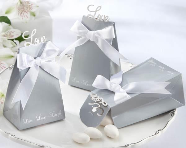 """Express Your Love"" Elegant Icon Favour Box"