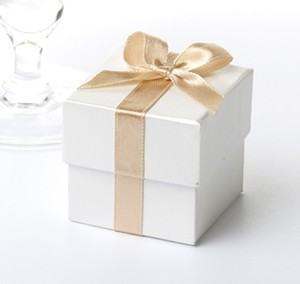 Ivory & Gold Ribbon Favour Boxes