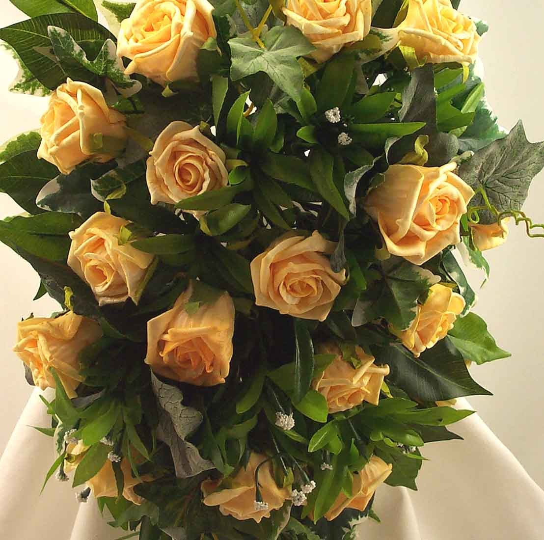 Gold Rose Shower Bouquet