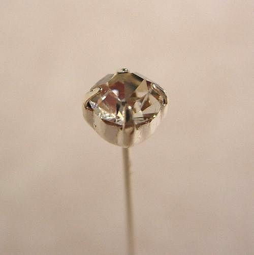 48 Silver Diamante Pins Stones 4mm