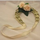 Cream Rose Golden Horseshoe